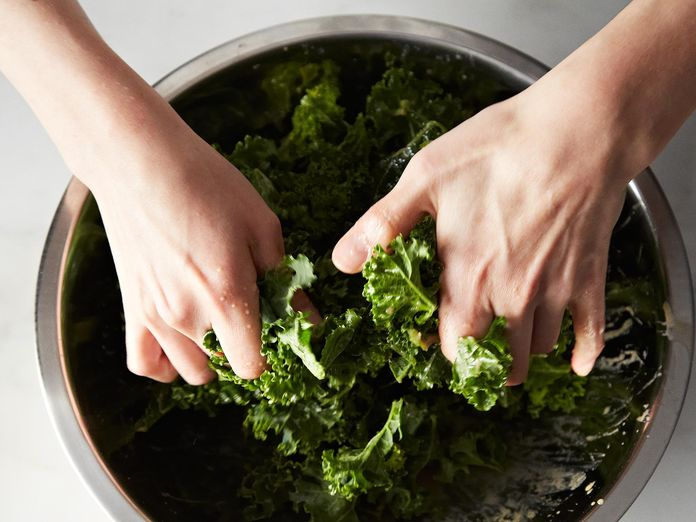 Why You Should Mix Salads With Your Hands (Bye-Bye, Tongs!)
