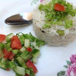 CRUNCHY SALAD WITH VINEGAR DRESSING