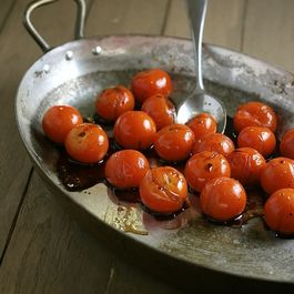 7b749bd0 7f31 4104 86ee b6e5c2e0e3f2  balsamic roasted cherry tomatoes