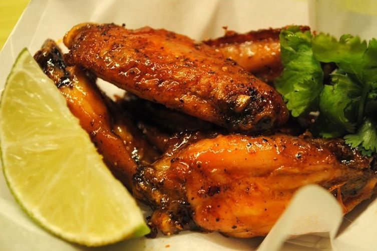 Honeyed Sriracha Wings