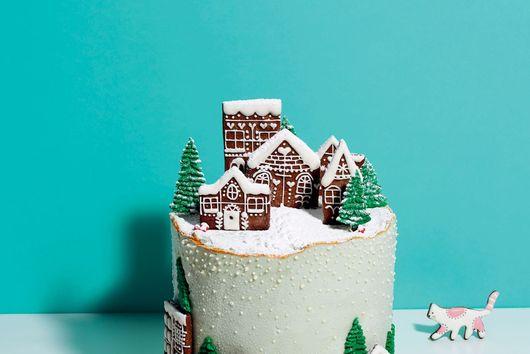 Snowy Christmas Cake