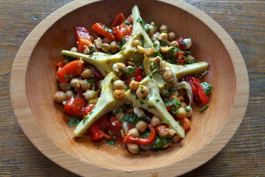 Marinated Chickpea and Artichoke Antipasto