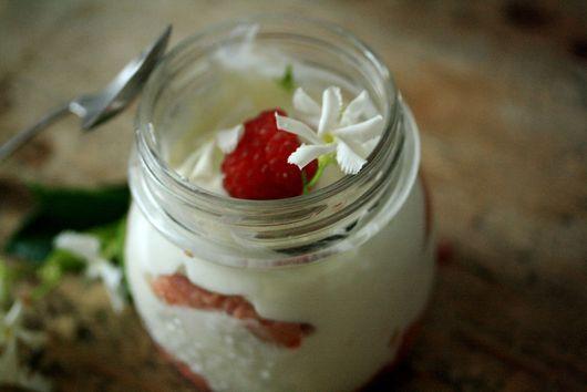 Jasmine-Scented Raspberry Breakfast Tiramisu'