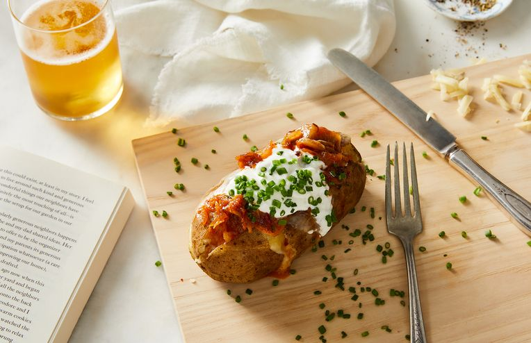 My Dream Dinner Is a Warm, Cheesy Instant Pot Baked Potato