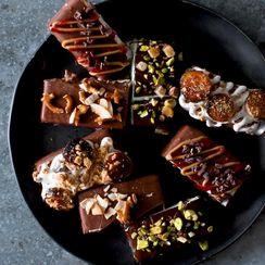 Ice Cream Bar Party: A DIY Dessert Course