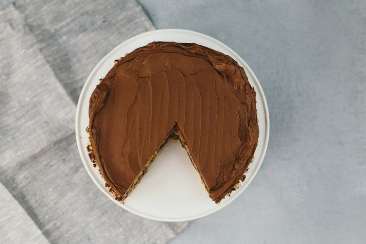 Graham Cracker Cake with Sour Cream Chocolate Frosting