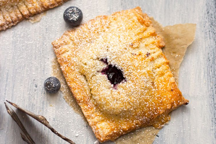 blueberry hand pies with vanilla custard