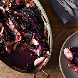 Red Cabbage by http://www.cookingthekitchen.com