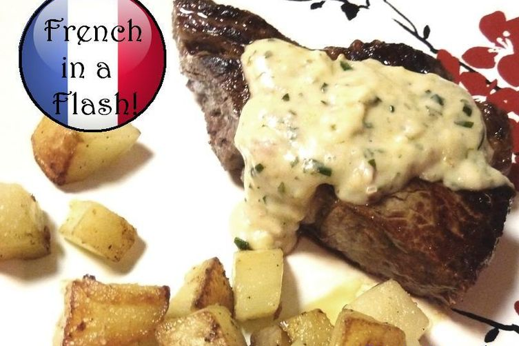 Quick & Light Béarnaise Steak Sauce