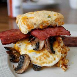 Eb2d2953 8eb0 4536 9781 c64b6e393a47  fried egg breakfast sandwich copy