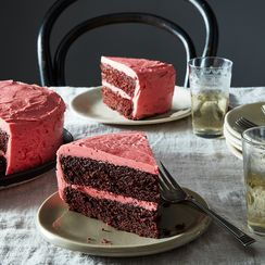 Hello, Non-Bakers: This Cranberry-Frosted Chocolate Cake is Your Starting Point