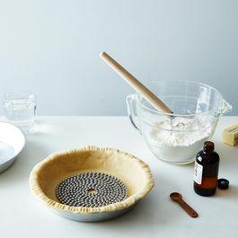 Pie Chain, Dough Whisk & Fiori di Sicilia Baking Set