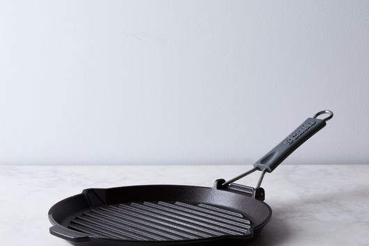 Staub Cast Iron Compact Grill With Folding Handle