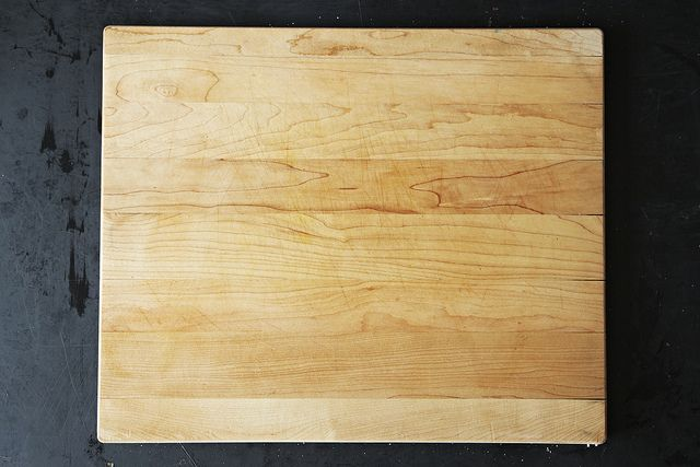 Clean cutting board from Food52