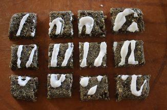 5e42c7de a18d 4ab8 97cf 28d3fb5ddd9d  raw cinnamon roll cookies