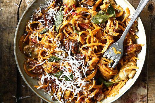 Sweet Potato Spaghetti with Mushrooms and Bacon