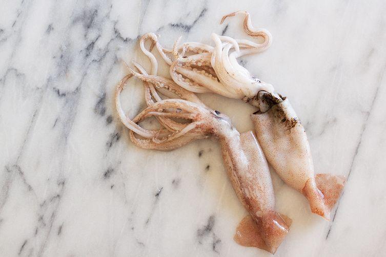 Vellutata di Ceci con Calamari (Creamy Chickpea Soup with Seared Calamari)