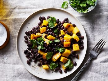 9 Satisfying Salads for Dinner Tonight—Even If You Just Have 5 Minutes