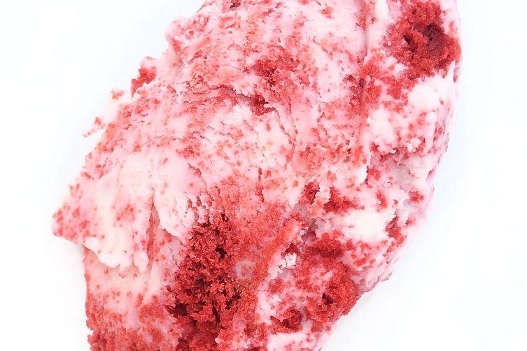 Red Velvet cheesecake ice cream