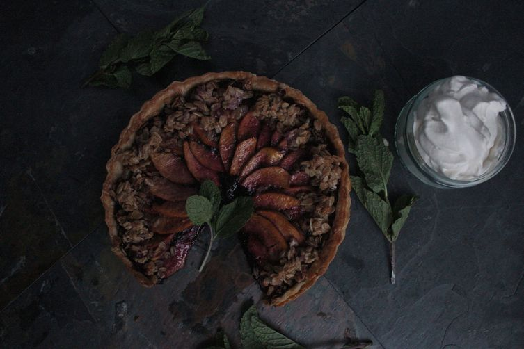 RUSTIC WHITE PEACH & CITRUS BLUEBERRY JAM TART WITH MAPLE CRUMBLE