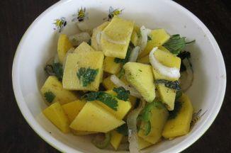 50be464b a31f 44b2 b5c8 745297e462b9  green mango salad