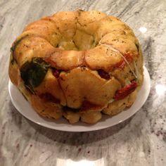Maria's spinach mozzarella pull apart