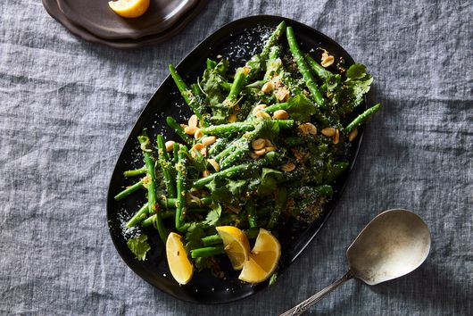 Poriyal-Style Green Beans With Peanuts & Lemon