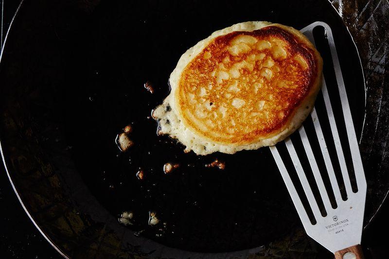 ... --2015-1130_the-kitchns-lofty-buttermilk-pancakes_bobbi-lin_15124.jpg