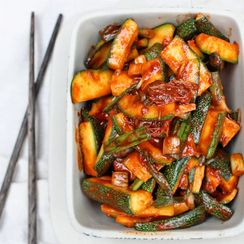 Zucchini kimchi