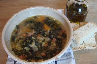 42b3a280 9e8c 44d6 ac14 8c74a3beefb7  winter kale soup