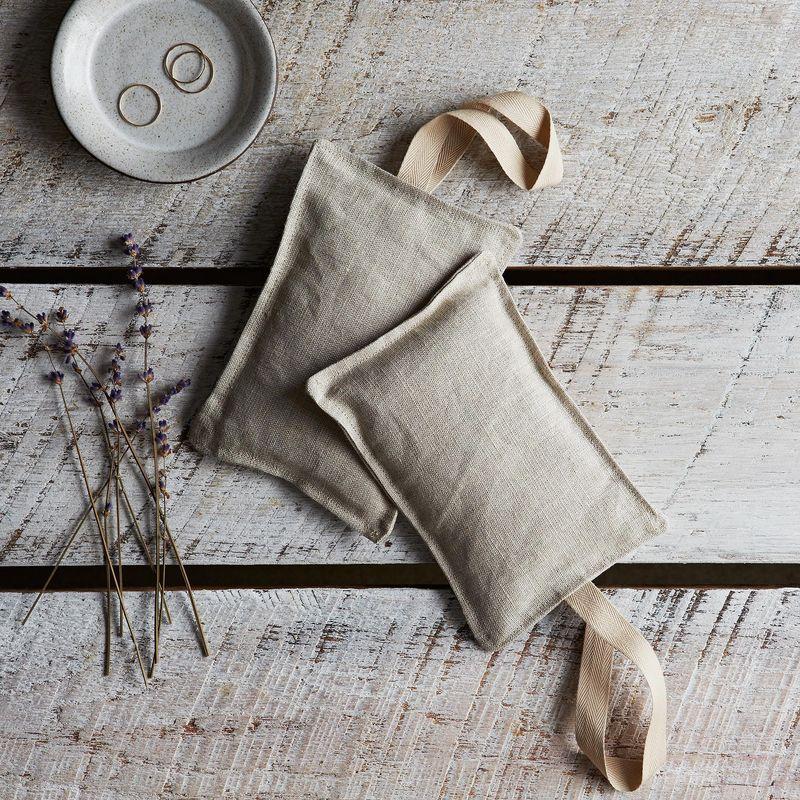 Organic Lavender Linen Sachets Context