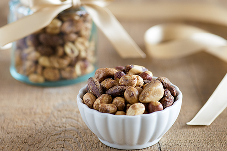Holiday Spiced Nuts with Mulling Spices