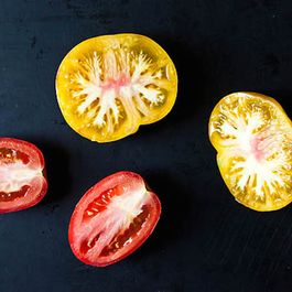 The Best Ways to Store a Cut Tomato