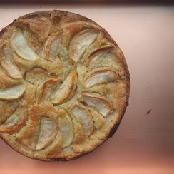 Rosh Hashanah Apple Cake