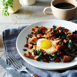 E6ea972c 4ab8 4006 a1c7 7e2ddf882cd6  2016 0222 sweet potato kale country ham hash with maple red eye gravy james ransom 036