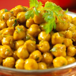 F586bfd0-f916-411a-93dc-0501c0120b2e.642x361_chickpea-curry