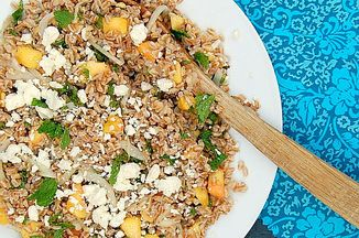 024b674e 44bb 4aa5 b4e3 4c1399acf626  farro salad