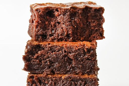 Gooey Brownies with Fudge Frosting Recipe