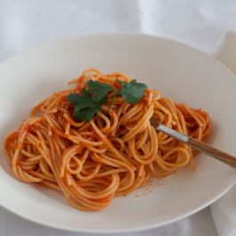 Past with Tomato Sauce - (Pasta con Pomodoro)