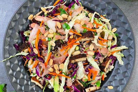 Vietnamese Gỏi Salad with Prawns, Tofu and Pomelo