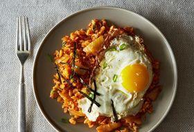 2d7f2686 9823 4008 8a30 75a0d726d88b  2013 0924 cp kimchi fried rice 016