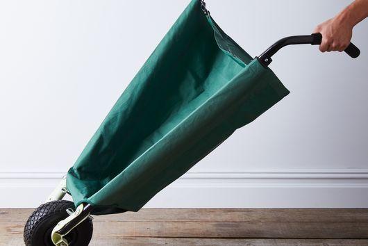 Lightweight Collapsible Wheelbarrow