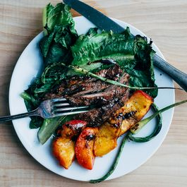 E63a91ec bfd8 4aaa ae4f f1496859d37f  grilled peach steak and balsamic salad21