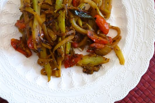 Spiced Fennel and Cabbage with Tomato and Curry Leaves
