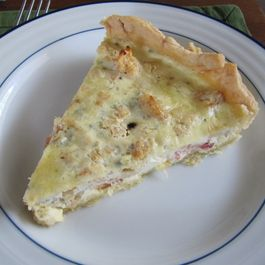 Quiche in Winter White and Blue