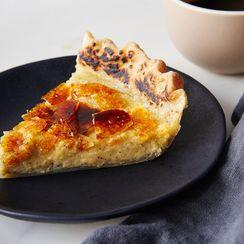 Crême Brûlée Pie: The Dreamiest Custard Pie Around
