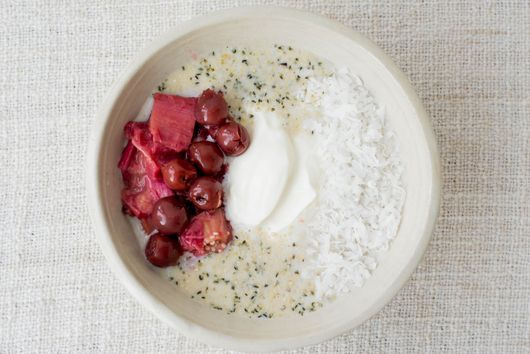 Overnight Oatmeal with Rhubarb-Cherry Compote