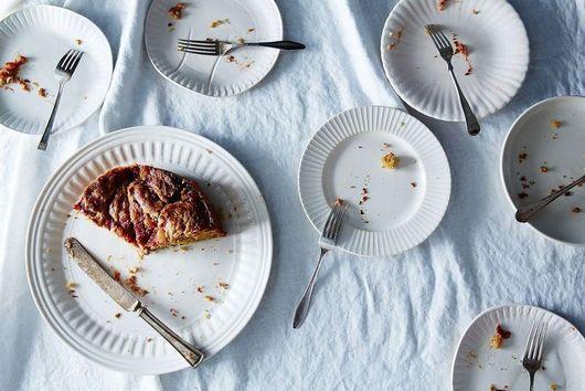 How Potlucks Inspired Our Favorite Porcelain Paper Plates