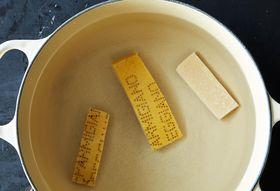Db490b20 ba90 4d11 b06c 7d4a0959ac7e  2014 0419 how to make use parmesan stock 010