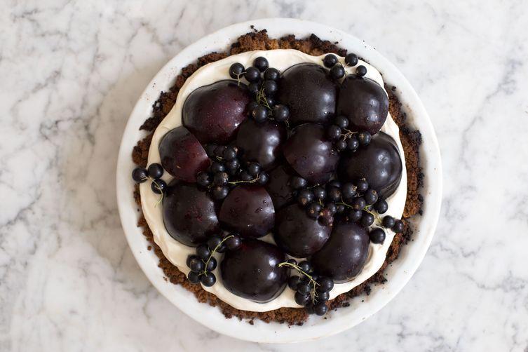 Vanilla-Mascarpone Cream Pie with Honeyed Fruit